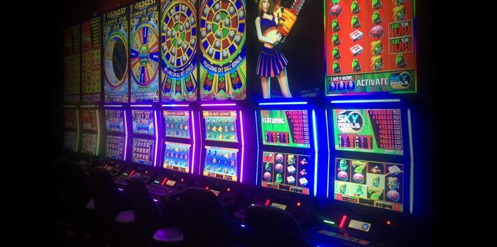 Skybox casino image 09 8a