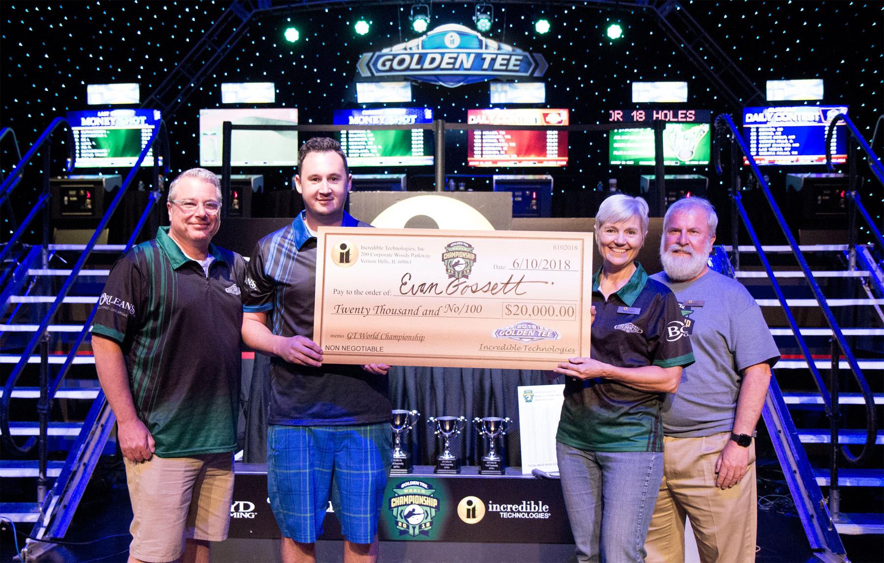Evan Gossett receives his check for winning the 2018 World Championship